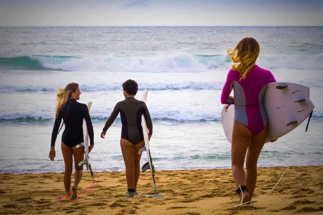 Surf_Woman-1